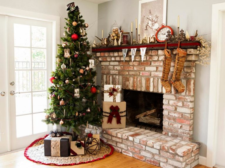 Christmas Decorating Suggestions for Houses available on the market