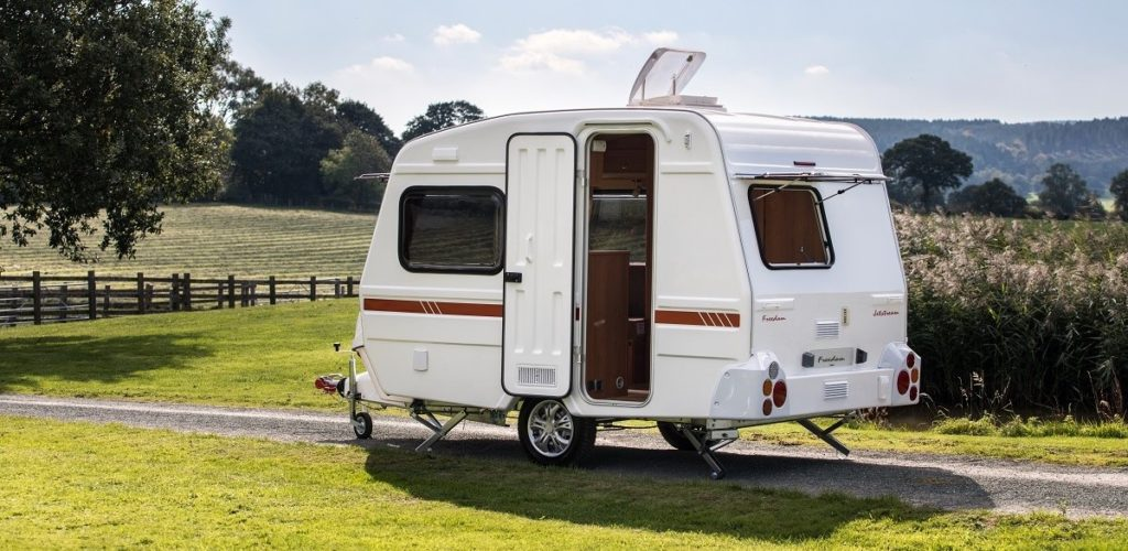 Drive off easily with a Light Weight Caravan