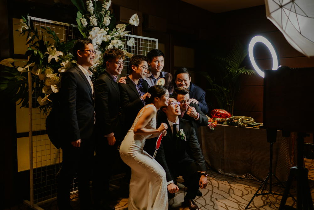 How You Use a Photo Booth at a Wedding Reception