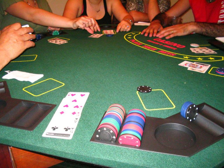 Do online casinos protect the privacy of players?