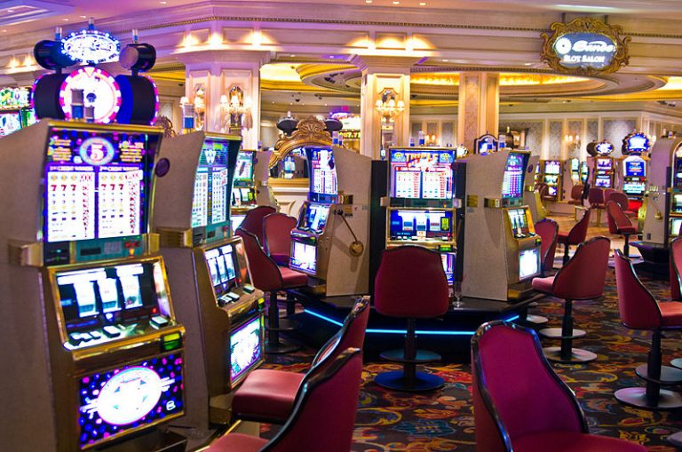 Sundry Reasons To Prefer Doing Online Slot Gambling Instead Of Playing Classic Casino Games!