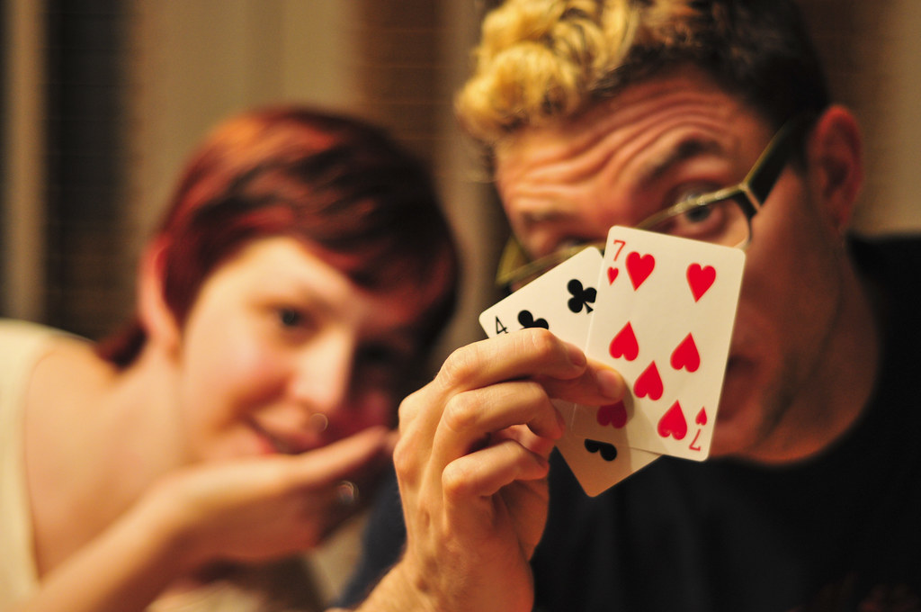 Have Fun Playing Poker idn Online in Your Leisure at The Trusted Websites